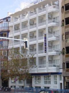 GOLDEN - Hotel cerca del Playa de Poniente de Benidorm