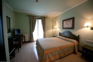 NICOLS - Hotel cerca del Real Golf Club de Zarauz