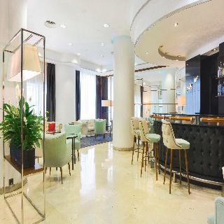 GRAN VIA - Hotel cerca del Aeropuerto de Logroño - Agoncillo