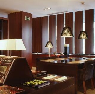 AC HOTEL LA RIOJA BY MARRIOTT - Hotel cerca del Aeropuerto de Logroño - Agoncillo