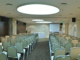 Oferta en Hotel Howard Johnson La Cañada Hotel & Suites en America Del Sur