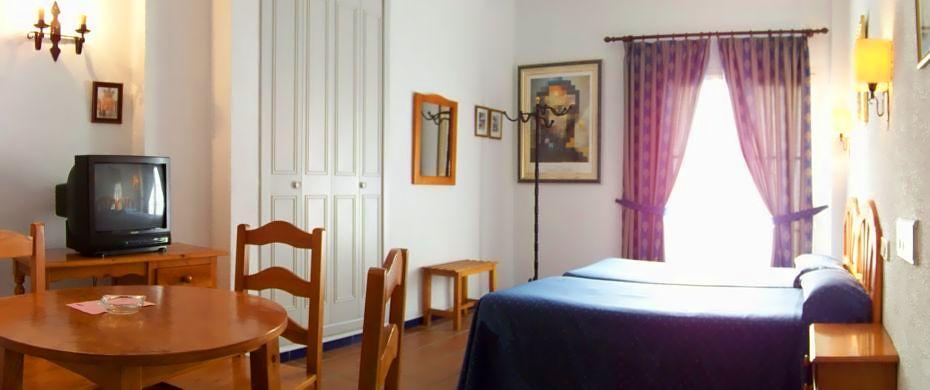 Hotel Rocio Doñana thumb-2