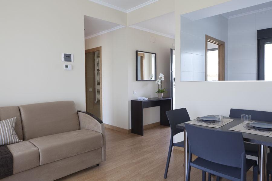 Aparthotel jardines de aristi en vitoria desde 54 rumbo for Aparthotel los jardines