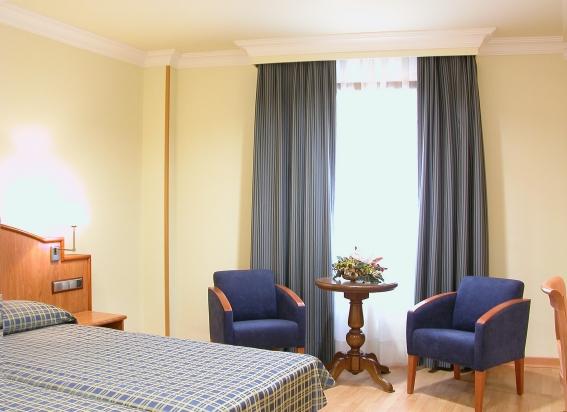 II CASTILLAS - Hotel cerca del Museo Reina Sofía