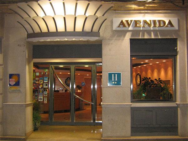 http://www.hotelresb2b.com/images/hoteles/2897_fotpe1_HOTELOK11.JPG