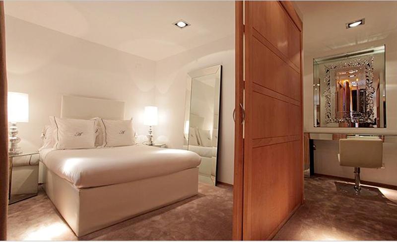 DOMUS SELECTA ABALU MADRID SUITES - Hotel cerca del Sala Berlanga