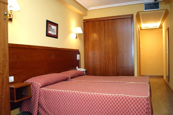 CARBAYON - Hotel cerca del Santa María del Naranco