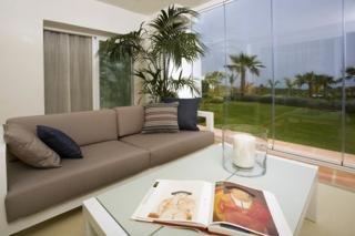 ALCAZABA HILLS RESORT - Hotel cerca del Casares Costa Golf