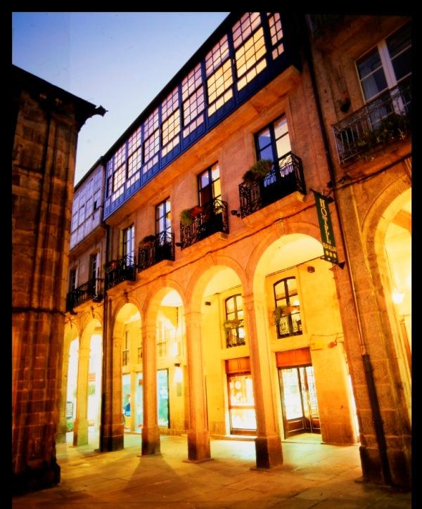 DOMUS SELECTA HOTEL RESTAURANTE RUA VILLAR - Hotel cerca del Aeropuerto de Santiago de Compostela Lavacolla