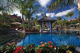 BARCELO ASIA GARDENS HOTEL & THAI SPA - Hotel cerca del Parque Temático Terra Mítica