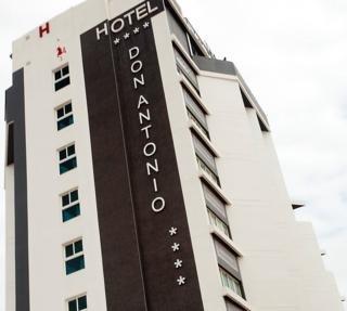 LA FAMILIA GALLO ROJO ( EX GRAN HOTEL CAMPELLO) - Hotel cerca del Club de Golf Bonalba