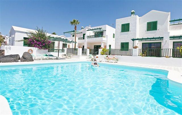 LAS ACACIAS - Hotel cerca del Lanzarote Golf
