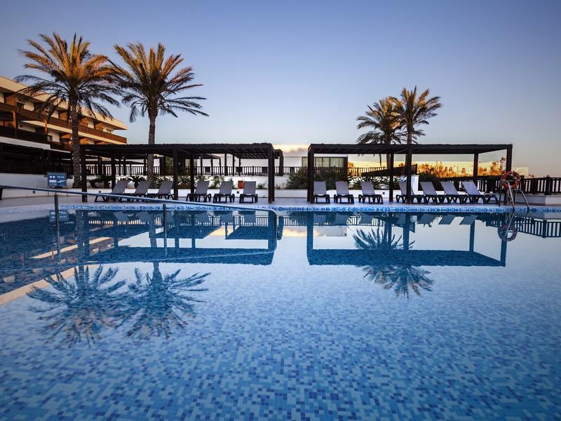 Hotel barcelo cabo de gata hotel en retamar hotel en almeria - Hotel barcelo en cabo de gata ...