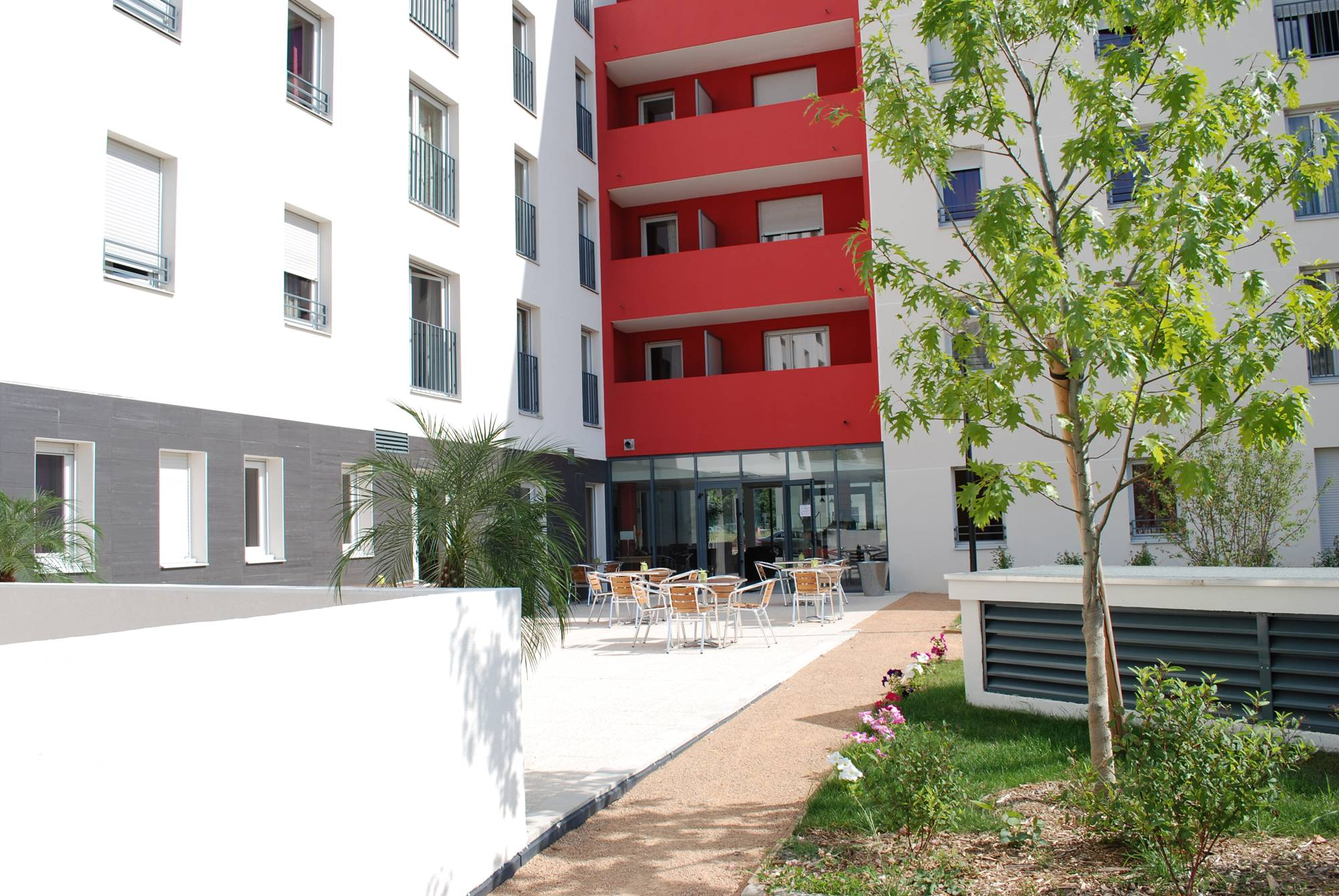 Hotel appart hotel odalys bioparc lyon viajes olympia for Appart hotel odalys lyon