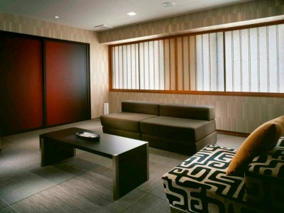 VILLAGE KYOTO (MODERN JAPANESE + FUTON)