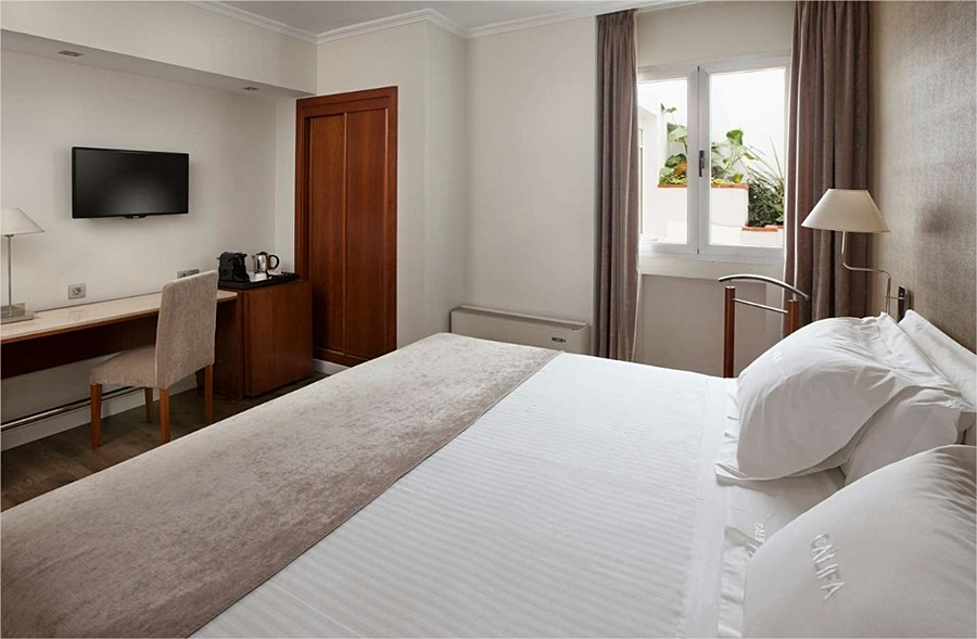 NH CORDOBA CALIFA - Hotel cerca del Mezquita de Córdoba