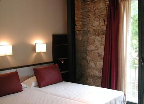 APARTHOTEL ALLADA 3* - Hotel cerca del Bravas en el Bohemic