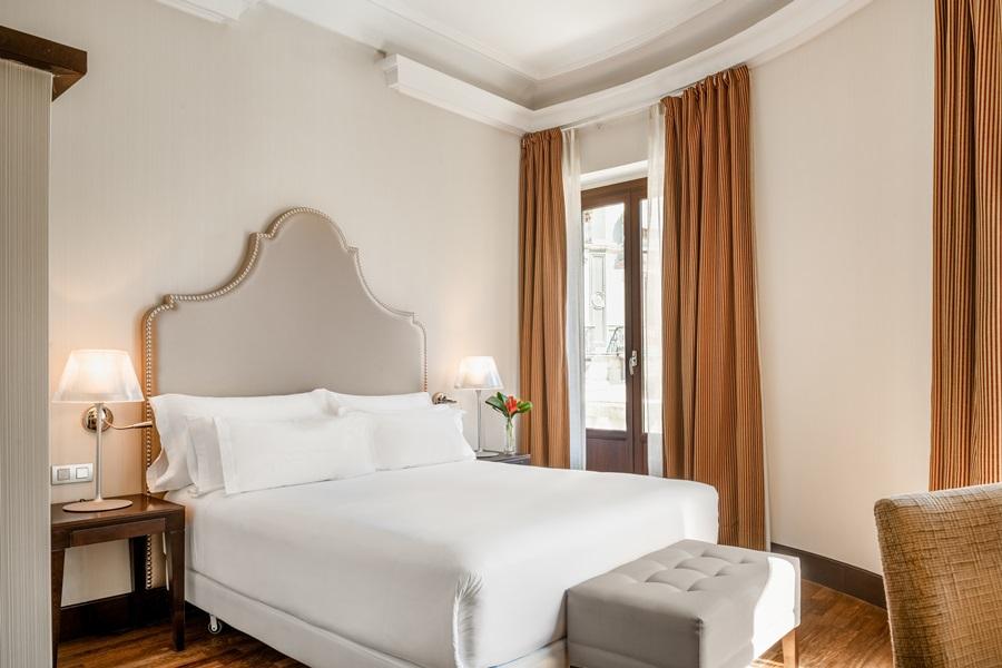 NH COLLECTION VICTORIA - Hotel cerca del Parque García Lorca de Granada