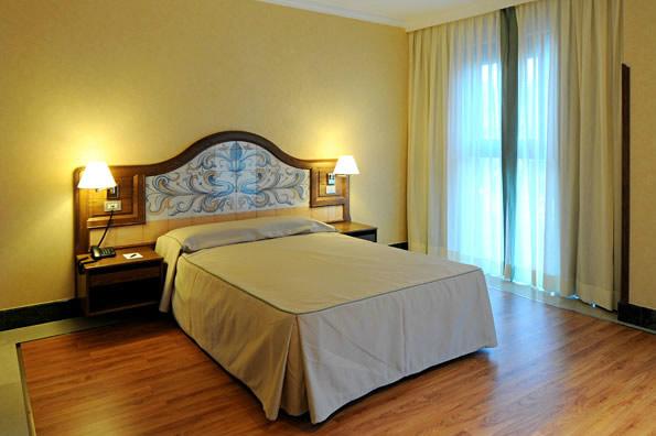 HOTEL JULIA