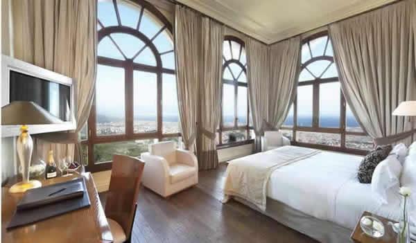 GRAN HOTEL LA FLORIDA 5* GL - Hotel cerca del Hamburguesería-coctelería La Royale