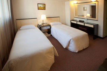ONETEL HOTEL (P HOTEL)