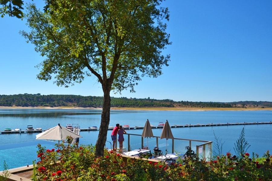 Lago De Montargil & Villas