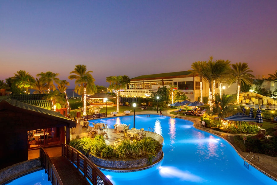 Hotel Dubai Marine Beach Resort And Spa