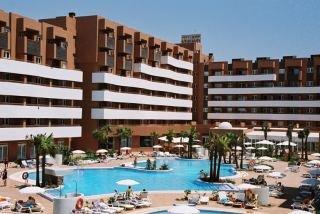 HOTEL ARENA CENTER - Hotel cerca del Club de Golf Playa Serena