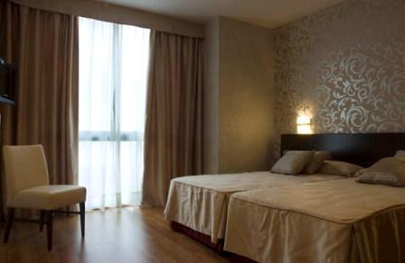 DON AGUSTIN - Hotel cerca del Casares Costa Golf