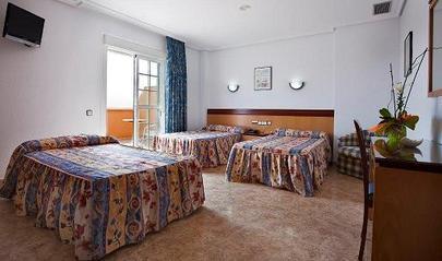 HOTEL BLANCA BRISA - Hotel cerca del Playa de Mónsul