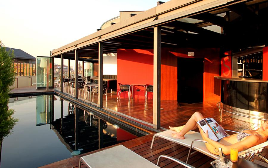 Baño Discapacitados Traduccion:Hotel Cram en Barcelona