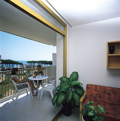 APTOS CYE MARINA - Hotel cerca del Jardines del Milagro