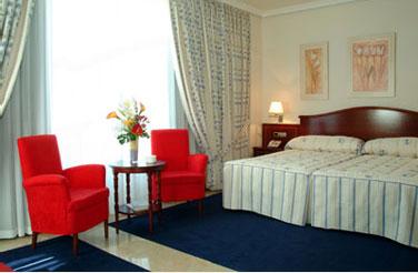 GRAN LEGAZPI - Hotel cerca del Museo Reina Sofía