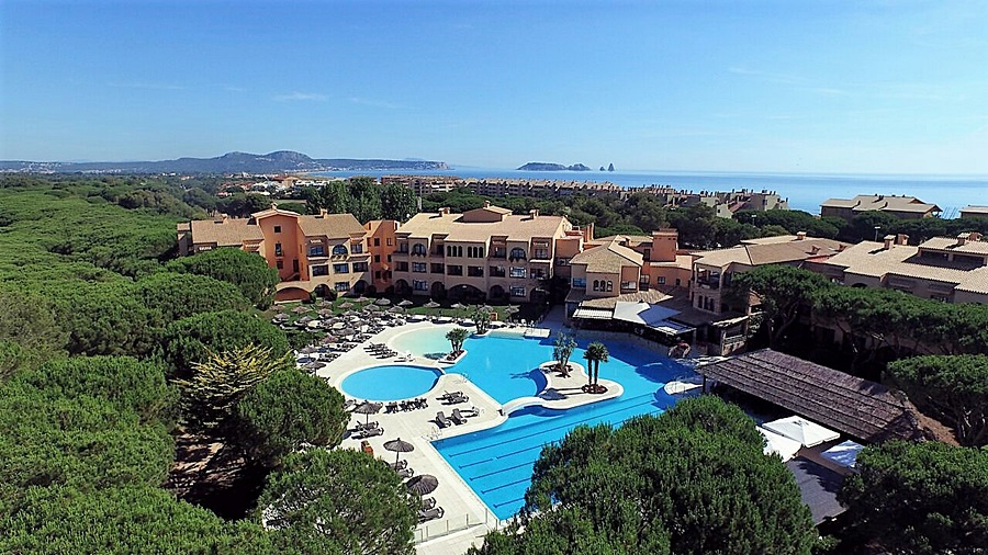 Hotel La Costa Beach & Golf Resort