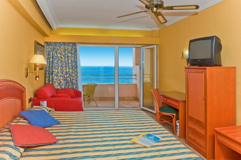 HOTEL PLAYABONITA - hoteles en Benalmadena