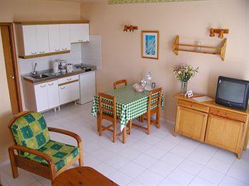 PLAYA POCILLOS - Hotel cerca del Aeropuerto de Lanzarote