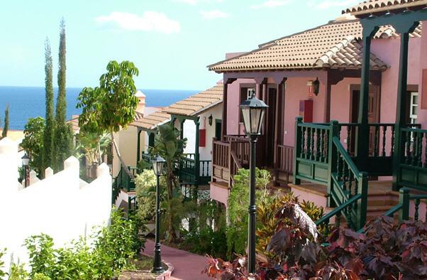 APARTAMENTOS OASIS SAN ANTONIO - Hotel cerca del Aeropuerto de La Palma