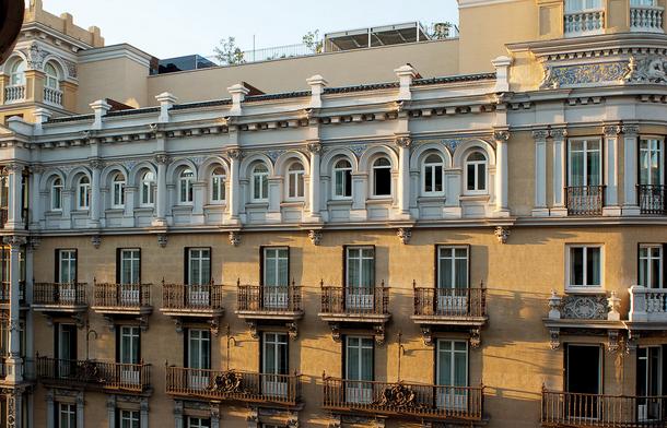 IBEROSTAR LAS LETRAS GRAN VIA - Hotel cerca del Museo Reina Sofía