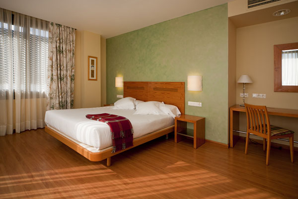 MIRAFLORES - Hotel cerca del Estación de Esquí de Valdesquí