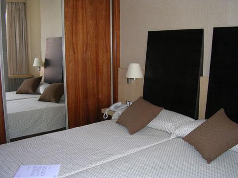 HUSA ARLANZON - Hotel cerca del Aeropuerto de Burgos Villafria