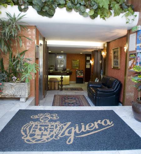 AGÜERA - Hotel cerca del Estadio El Molinón
