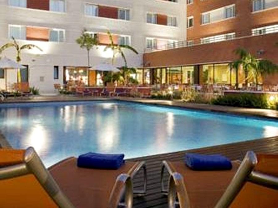 HILTON GARDEN INN MALAGA - Hotel cerca del Palacio de Deportes Martín Carpena