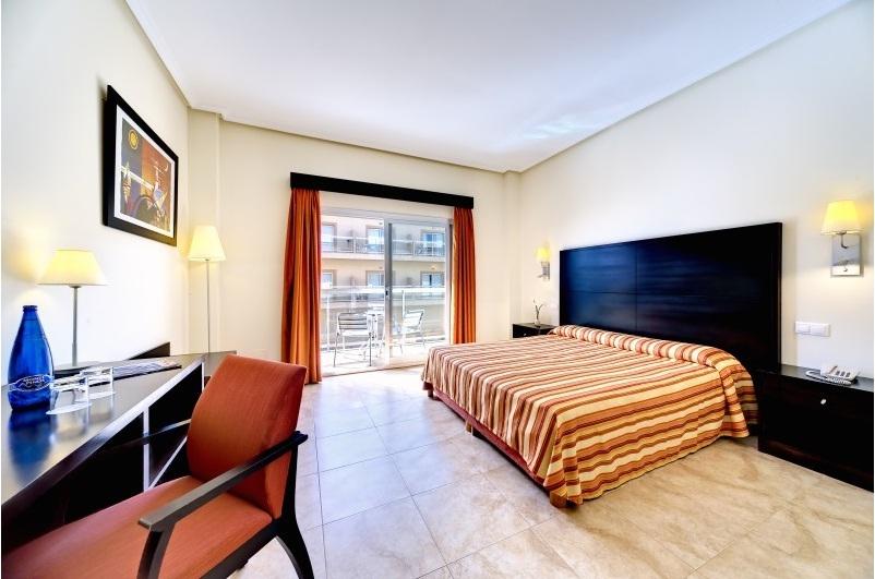 HOTEL CABOGATA MAR GARDEN - Hotel cerca del Playa de los Genoveses