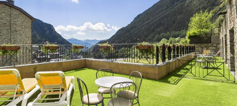 hotel spa diana parc en arinsal desde 122 rumbo. Black Bedroom Furniture Sets. Home Design Ideas