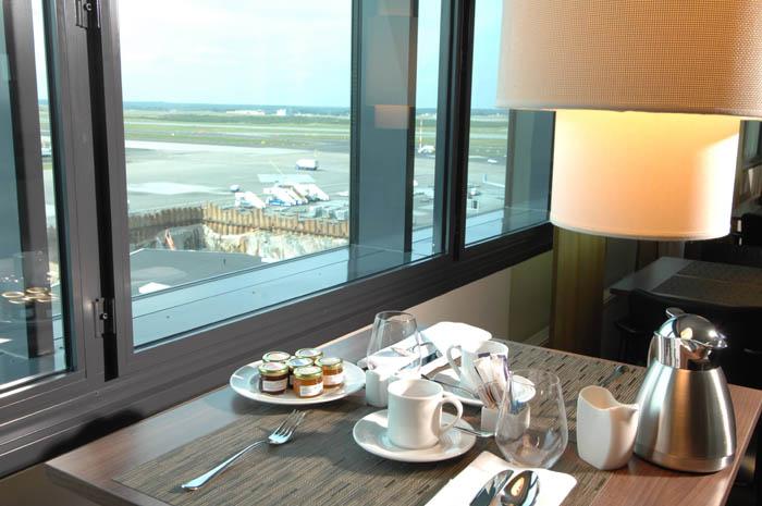hotelli hilton vantaa lentokenttä