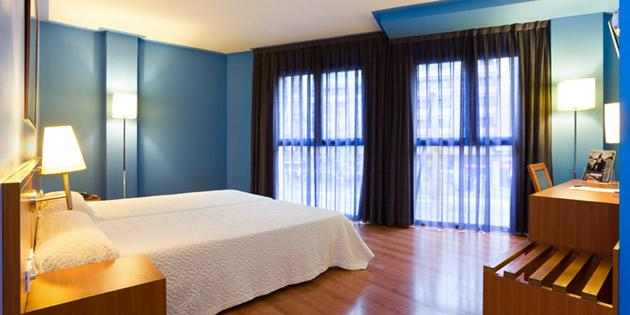 AZUL BARCELONA - Hotel cerca del Camp Nou