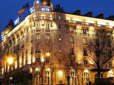 HOTEL RITZ - Hotel cerca del Estación Sur de Autobuses
