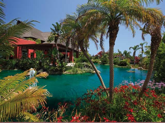 HOTEL BARCELO ASIA GARDENS - Hotel cerca del Parque Temático Terra Mítica