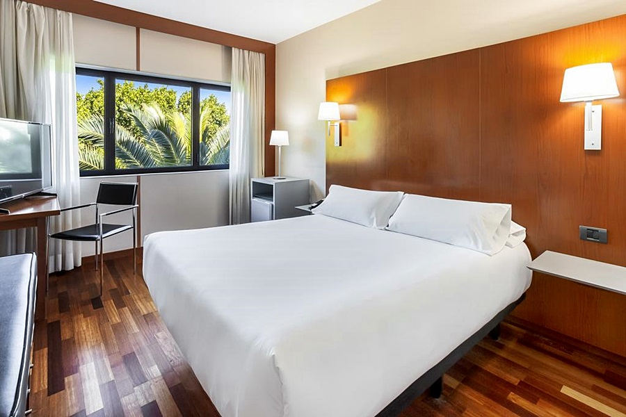 B&B HOTEL JEREZ DE LA FRONTERA - Hotel cerca del Clínica Serman