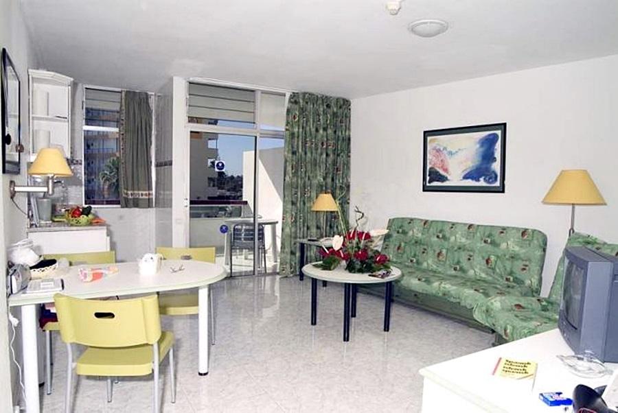 hotel apartamentos corona blanca playa del ingles viajes olympia madrid. Black Bedroom Furniture Sets. Home Design Ideas
